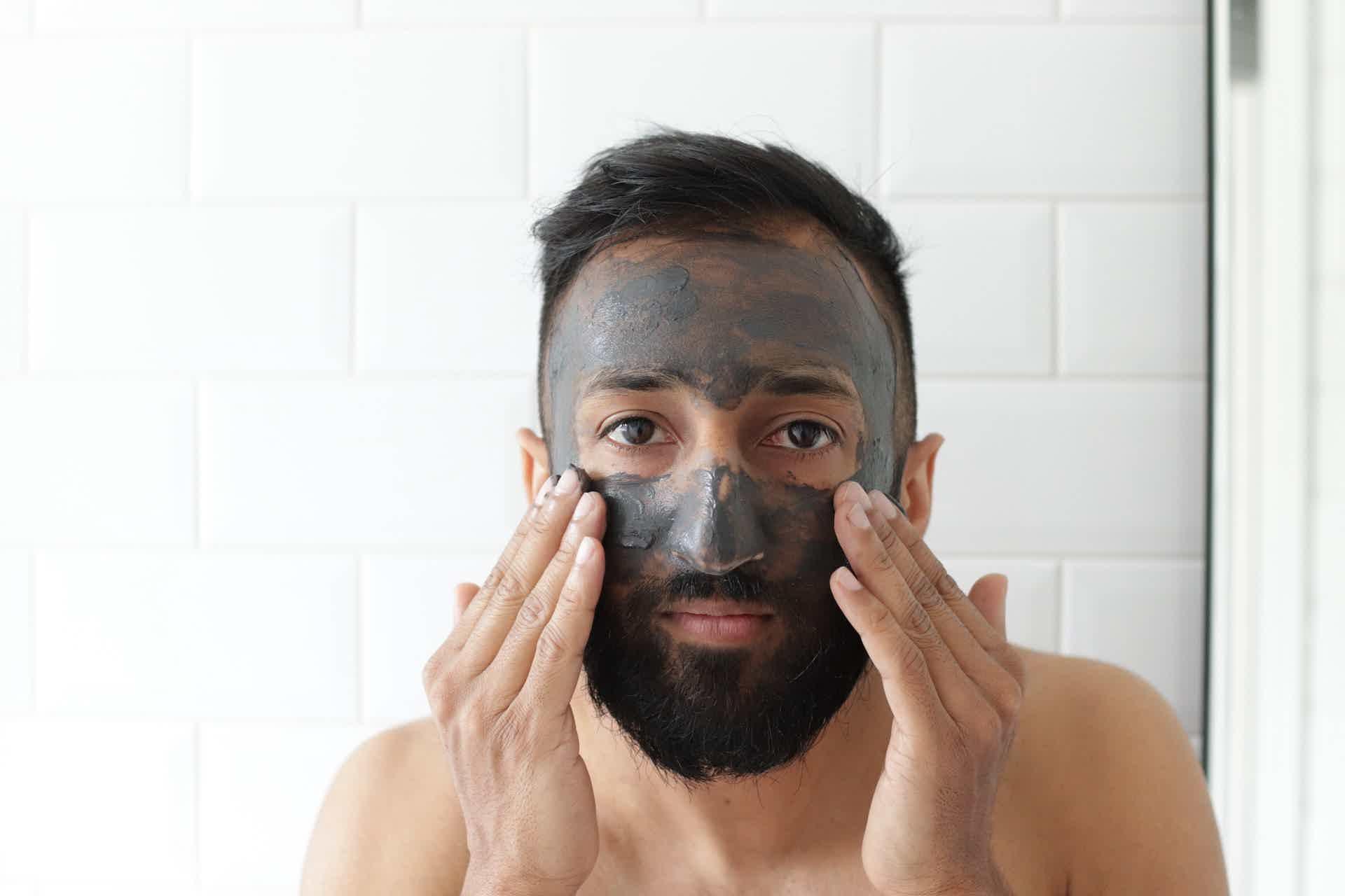 Os tratamentos com cosméticos ainda serão feitos em casa em 2021.
