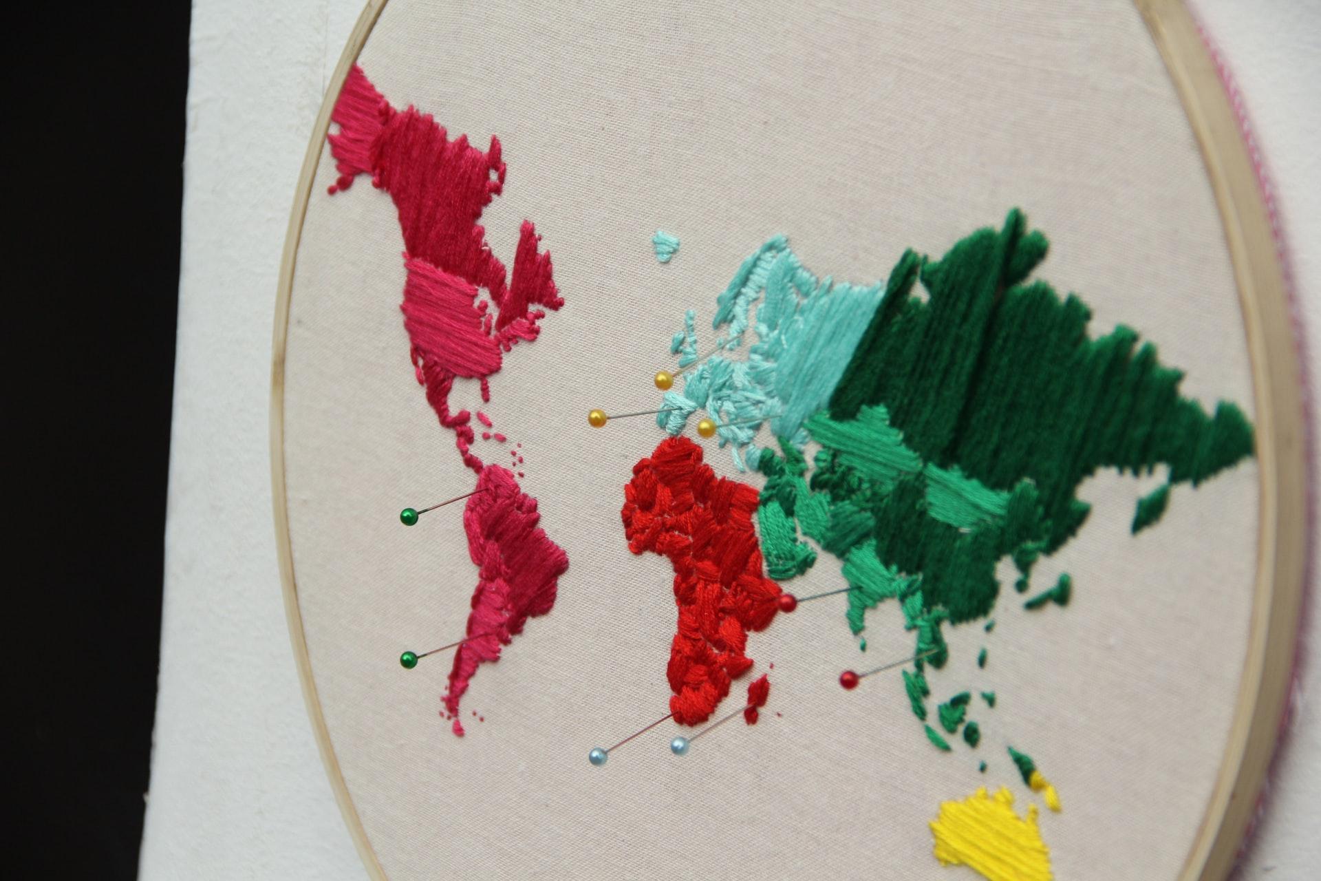 Como funciona o curso de bordado online da Domestika?