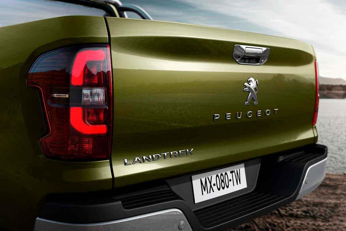 Peugeot Landtrek traseira