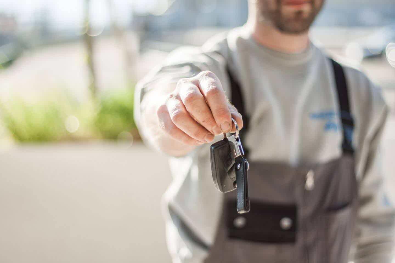 Onde comprar o carro usado com desconto?