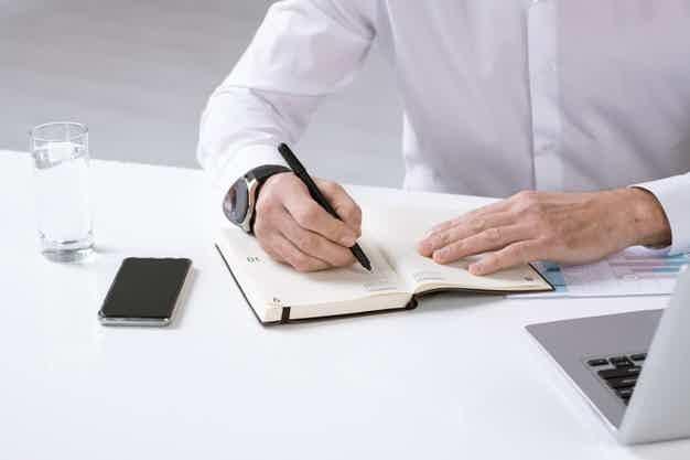 Faça um planejamento da sua atual situação financeira