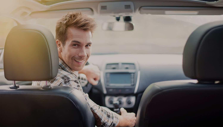 Guia completo de como economizar no seguro de carro.