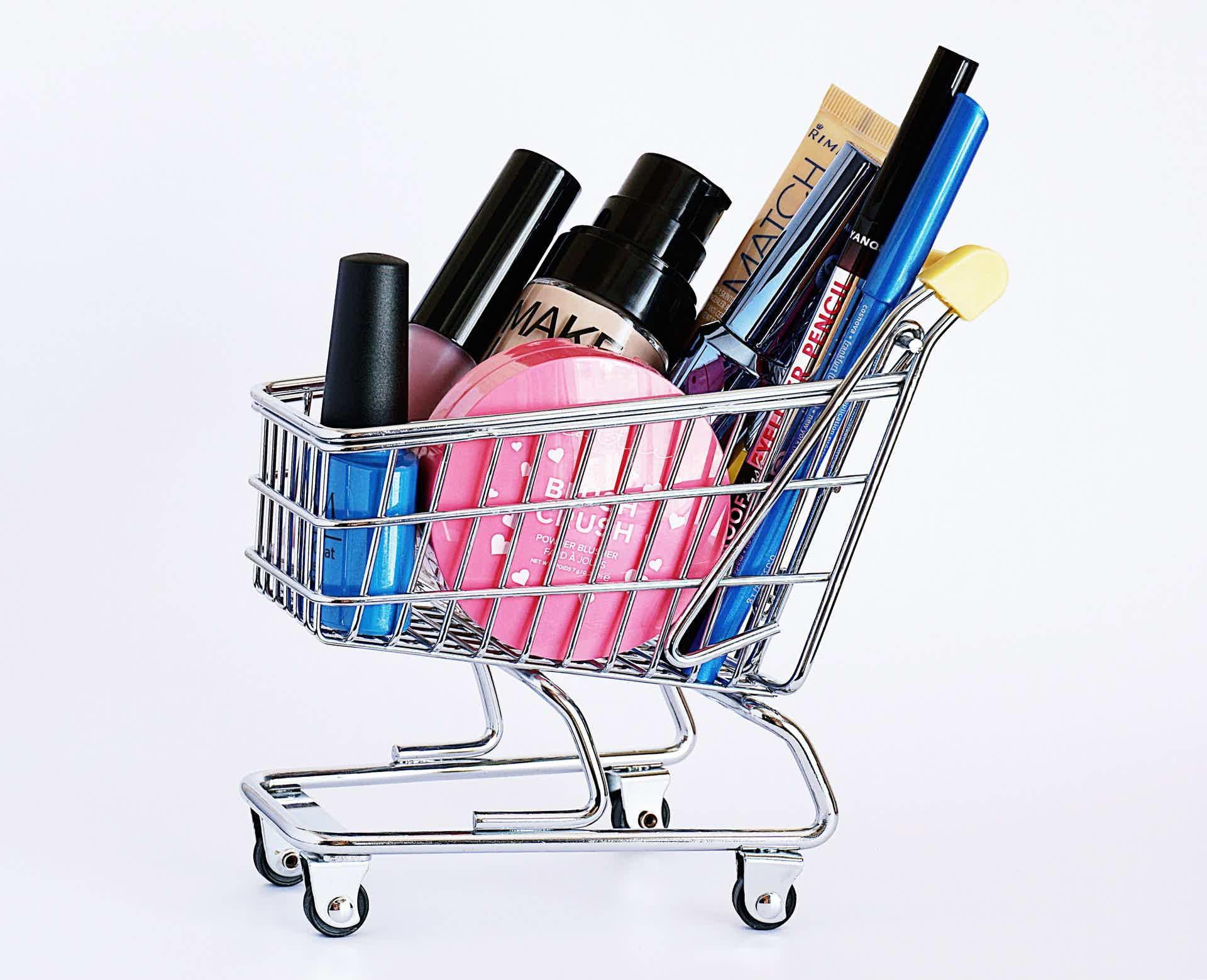 Faça renda extra como revendedora de produtos de beleza.