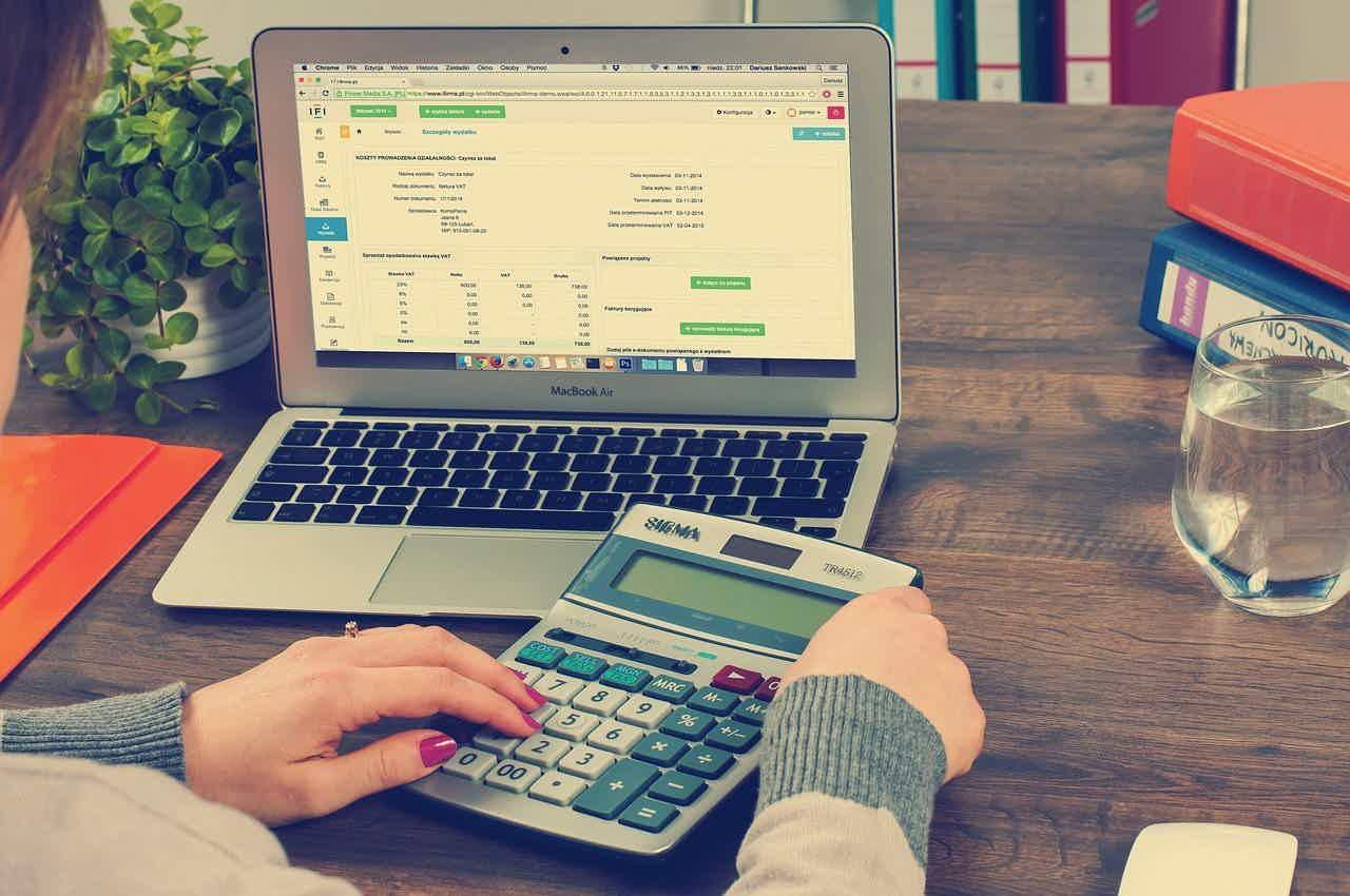 Como solicitar o melhor empréstimo online com score baixo?