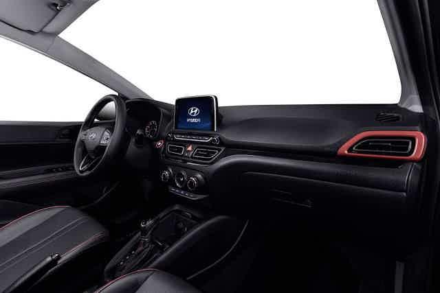 Hyundai HB20X 2020 espaço interno