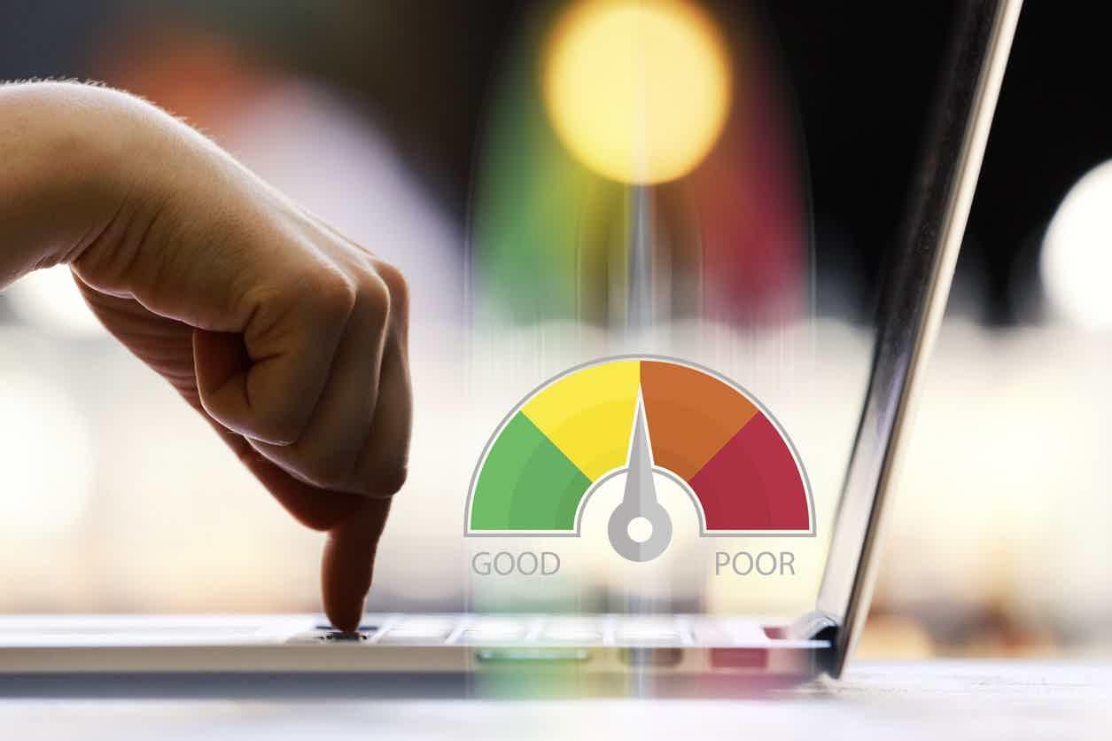 Como solicitar empréstimo online com score baixo